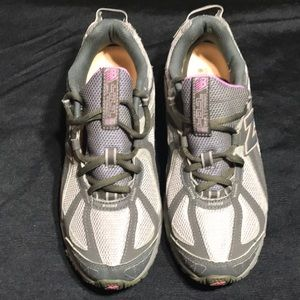 New Balance 411 all Terrain WMNS sz 9 D Diabetic